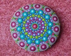 Jewel Drop Mandala Painted Stone- painted by Elspeth McLean Mandala Art, Mandala Rocks, Mandala Painting, Dot Art Painting, Rock Painting Designs, Stone Painting, Painting Patterns, Elspeth Mclean, Painted Rocks
