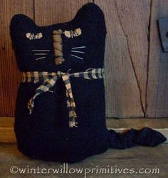 Primitive kitty I wanna make. I just need to find a mismatched wool sock!