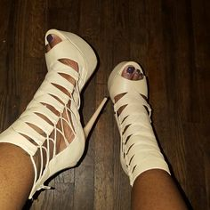 platform heels Tan platform heels. In very good condition worn twice. Offers and trades accepted. Shoes Heels