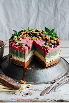 Raw vegan cake, raw vegan desserts, raw cake, raw vegan recipes, ve Raw Vegan Cheesecake, Raw Vegan Cake, Raw Vegan Desserts, Köstliche Desserts, Vegan Sweets, Cheesecake Recipes, Raw Food Recipes, Baking Recipes, Dessert Recipes