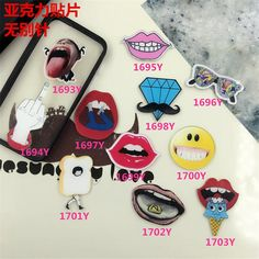 Acrylic Badge Broche emoji HARAJUKU Brooch Accessory for Scarf Pin Up Women Bag Collar Tips Punk Jewelry ab95