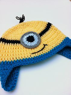 TUTORIAL - Crochet Minion Hat