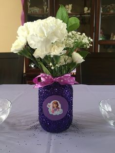 Sofia the first simple centerpiece   Sofia the first birthday party ideas
