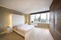 design appartement slaapkamer met zicht op zee en indirecte ...