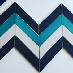 Tile Tuesdsy! #kiln #chevron #ceramics #madeinusa #madetoorder #shoppingonline #tiles #tiletuesday #tileaddiction #backsplash #liveyourcolors #modern #interiordesign #modwalls by modwalls