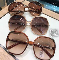 Clear Sunglasses Frames, Girl With Sunglasses, Cute Sunglasses, Trending Sunglasses, Sunglasses Women, Sunnies, Womens Glasses Frames, Cool Glasses, Fashion Eye Glasses