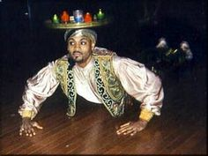 Moroccan Tea Tray Dance: Raks Al Senniyya