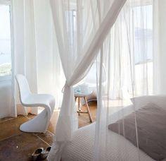 myidealhome: white canopy bed (via La cuisine - Marie Claire Maison) Beautiful Interior Design, Beautiful Interiors, White Interiors, Home Bedroom, Bedroom Decor, Master Bedroom, Design Bedroom, Dream Bedroom, Chaise Panton