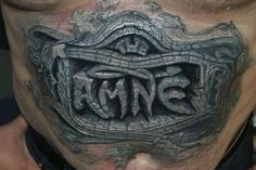 3D tatt of a cracked headstone!!! I wouldn't get this, but love how real it looks.