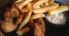 Zaxby's recipes - the easy way to prepare the best dishes from the Zaxby's menu. These are copycat recipes, not necessarily made the same way as they are prepared at Zaxby's, but closely modeled on the flavors and textures of Zaxby's popular food, so you can bring the exotic tastes of one of ...