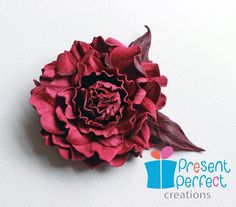 http://presentperfectcreations.blogspot.gr/2013/04/leather-and-suede-flowers.html