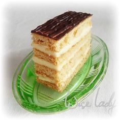 mézes zserbó / my favorite from my grandmother, traditional hungarian honey base cookie Zserbo Recipe, Hungarian Recipes, Hungarian Food, Tiramisu, Sweets, Cookies, My Favorite Things, Cake, Ethnic Recipes