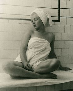 Marilyn Monroe in the steam room.