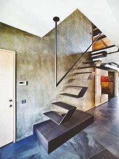 Architecture / Design: Karakoy Loft by Ofist Instabul. Mehr – Ann Cerncic Architecture / Design: Karakoy Loft by Ofist Instabul. Mehr Architecture / Design: Karakoy Loft by Ofist Instabul. Stairs Architecture, Interior Architecture, Luxury Interior, Escalier Design, Modern Stairs, Metal Stairs, Concrete Stairs, Contemporary Stairs, Floating Stairs