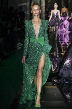 Zuhair Murad - Spring 2017 Couture Would be perfect minus the bow