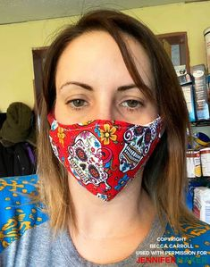 - Jennifer Maker Homemade face mask made by Becca Carroll using the DIY Face Mask Pattern by JenniferMaker Sewing Hacks, Sewing Tutorials, Sewing Projects, Sewing Tips, Homemade Face Masks, Diy Face Mask, Diy Masque, Making Faces, Maker