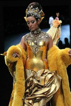 Chinese fashion designer Guo Pei