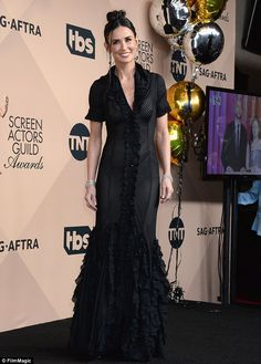 Beautiful: Beautiful:Demi Moore in a Zac Posen Dress. (SS 2003 Collection).