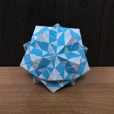 いいね!100件、コメント3件 ― OrigamiMathThailandさん(@narong_pbru)のInstagramアカウント: 「Sonobe variation my designed. #origami #origamiart #origamiunit #origamiball #origamimodular…」