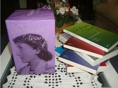 No site Enjoei, é possível encontrar coleções de livros por até R$ 50.