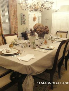 #Thanksgiving Table RECREATE with our polyester champagne tablecloths at www.cvlinens. com