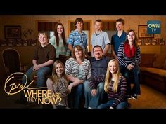 You think having twins is hard? Kenny and Bobbi McCaughey had septuplets. That's seven babies. The first set of septuplets to survive labor, the McCaugheys w. Mccaughey Septuplets, Oprah Winfrey Network, Life Questions, People News, All Grown Up, How To Have Twins, Infancy, First World, 20 Years