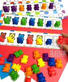 Looking for Fun, Free Preschool Worksheets and Activities? Check out this growing collections of themed preschool activities that teach preschool skills. Bear Crafts Preschool, Preschool Colors, Free Preschool, Preschool Printables, Preschool Worksheets, Preschool Learning, Kindergarten Activities, Friendship Preschool Crafts, Preschool Rules