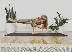 Yoga poses offer numerous benefits to anyone who performs them. There are basic yoga poses and more advanced yoga poses. Here are four advanced yoga poses to get you moving. Ashtanga Yoga, Vinyasa Yoga, Bikram Yoga, Kundalini Yoga, Yoga Fitness, Sport Fitness, Health Fitness, Yoga Inspiration, Yoga Meditation