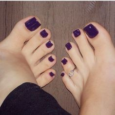 21 ideas for pedicure toes shoes Purple Pedicure, Purple Toe Nails, Purple Toes, Pretty Toe Nails, Pedicure Colors, Cute Toe Nails, Pretty Toes, Manicure And Pedicure, Nail Colors