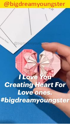 Cool Paper Crafts, Paper Flowers Craft, Paper Crafts Origami, Diy Crafts For Gifts, Origami Art, Diy Paper, Beginner Knitting Patterns, Origami Tutorial, Peaches