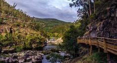 Nova atração turística da região de Arouca, distrito de Aveiro, são oito quilómetros que proporcionam um passeio relaxante, rodeado de paisagens de beleza ímpar. Venha daí!