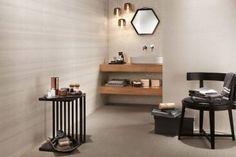 Rivestimenti e pavimenti ispirati al tessuto per intime e avvolgenti sale da bagno