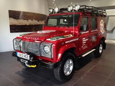 Here is the Defender 110 specially built for the Pole of Cold Expedition to Siberia Nov 13 till Feb Land Rover Defender 110, Defender 90, Truck Mods, Ford Bronco, Range Rover, Cool Cars, Dream Cars, 4x4, Classic Cars
