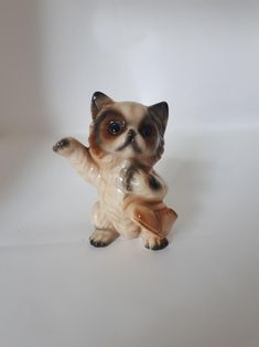 Adorable Vintage Kitten with Boot Ceramic Figurine Made in Japan I Shop, Kitten, Lion Sculpture, Japan, Ceramics, Statue, Boots, Cute, Animals