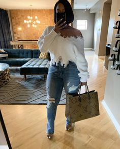 Best revenge is yo 💵 Sweater - bag - Winter Fashion Outfits, Fall Winter Outfits, Autumn Winter Fashion, Summer Outfits, Winter Clothes, Boujee Outfits, Classy Outfits, Stylish Outfits, Winter Looks