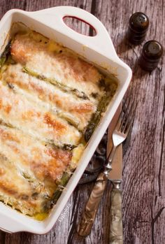 "Sonkás sajtos spárga ""Anya, ez isteni!..."", avagy Gabojsza konyhája Lasagna, Quiche, Dinner, Healthy, Breakfast, Ethnic Recipes, Food, Fine Dining, Dining"