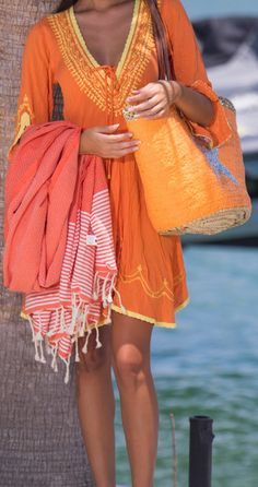 Beautiful, fun, chic and practical fashion @lecabasdanna