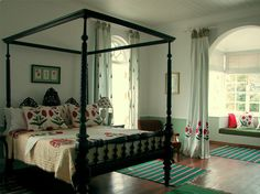 Housedelic | Pillow Talk | http://housedelic.com