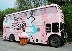 Bettie's Cakes & Cupcakery Cupcake Stand Double Decker Bus, Saratoga Springs, New York.@Swanda