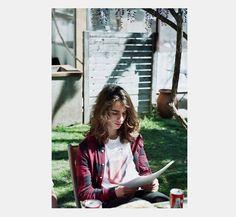 #FILM #CORTOMETRAJE #SHORT #CURT #CROWDFUNDING - Joan Camprodon de  L'OREIG by Blanca Camell, Alexandra Jordana, Aina Pociello i Jose lopez pizarro.  L'oreig és l'espai de transició entre la infància i l'aparició dels primers símptomes de l'adolescència; és la història de com un incident sense importància accelerarà aquest procés vital de la Júlia (Zoe Stein). +INFO: www.loreig.com campanya crowdfunding verkami www.verkami.com/projects/5414