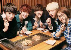 Las etiquetas más populares para esta imagen incluyen: b1a4, baro, gongchan, jinyoung y cnu