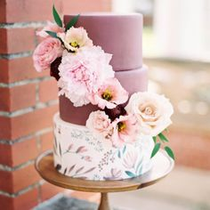gorgeous floral and berry cake
