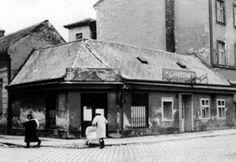 """krčma """"Kysucká reštaurácia"""" na rohu Dunajskej a Lazaretskej - bývalá Duklianska ul. Bratislava, Nostalgia"""