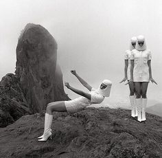 Space nuns, Pierre Cardin, 1970