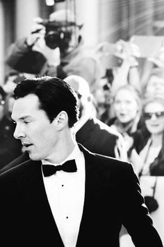 Benedict Cumberbatch in a bow tie // my all time favorite picture of ben