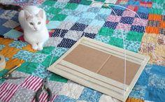 DIY Cat Tent : 9 Steps (with Pictures) - Instructables Diy Dog Toys, Cat Toys, Diy Zelt, Diy Old Tshirts, Niche Chat, T Shirt Chat, Tee Shirt, Diy Cat Tent, Gato Animal