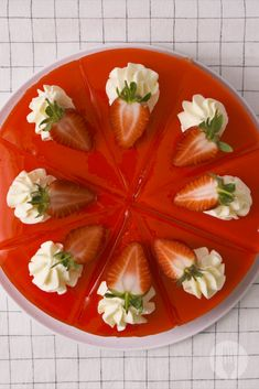 Jelly + yoghurt + lemon creams = this über cool jelly tart. Not a fan of strawberry? You can use your favourite flavours😍 Lemon Cream, Fresh Cream, Easy To Make Desserts, No Bake Desserts, Strawberry Jelly, Pudding Recipes, Plated Desserts, Caprese Salad, 3 Ingredients