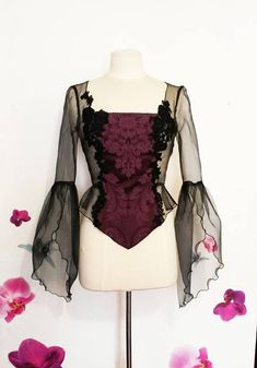 Lace top blouse sleeve plum and black organza strapless, lacing string in the back