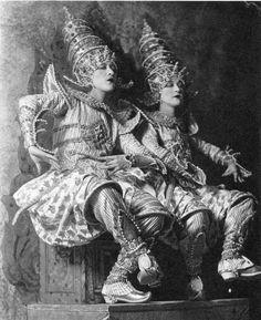 Jacques-Henri Lartigue, Dolly Sisters, 1926