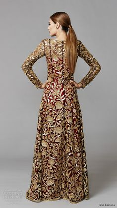 Jani Khosla — International Debut Collection jani khosla 2015 bridal evening dress long sleeves v neck gold floral emrboidery on red sheath indian bridal gown lotus sequence back Pakistani Dresses, Indian Dresses, Indian Outfits, Wedding Gown A Line, Wedding Gowns, Wedding Wear, Long Sleeve Evening Dresses, Indian Bridal Wear, Trendy Dresses